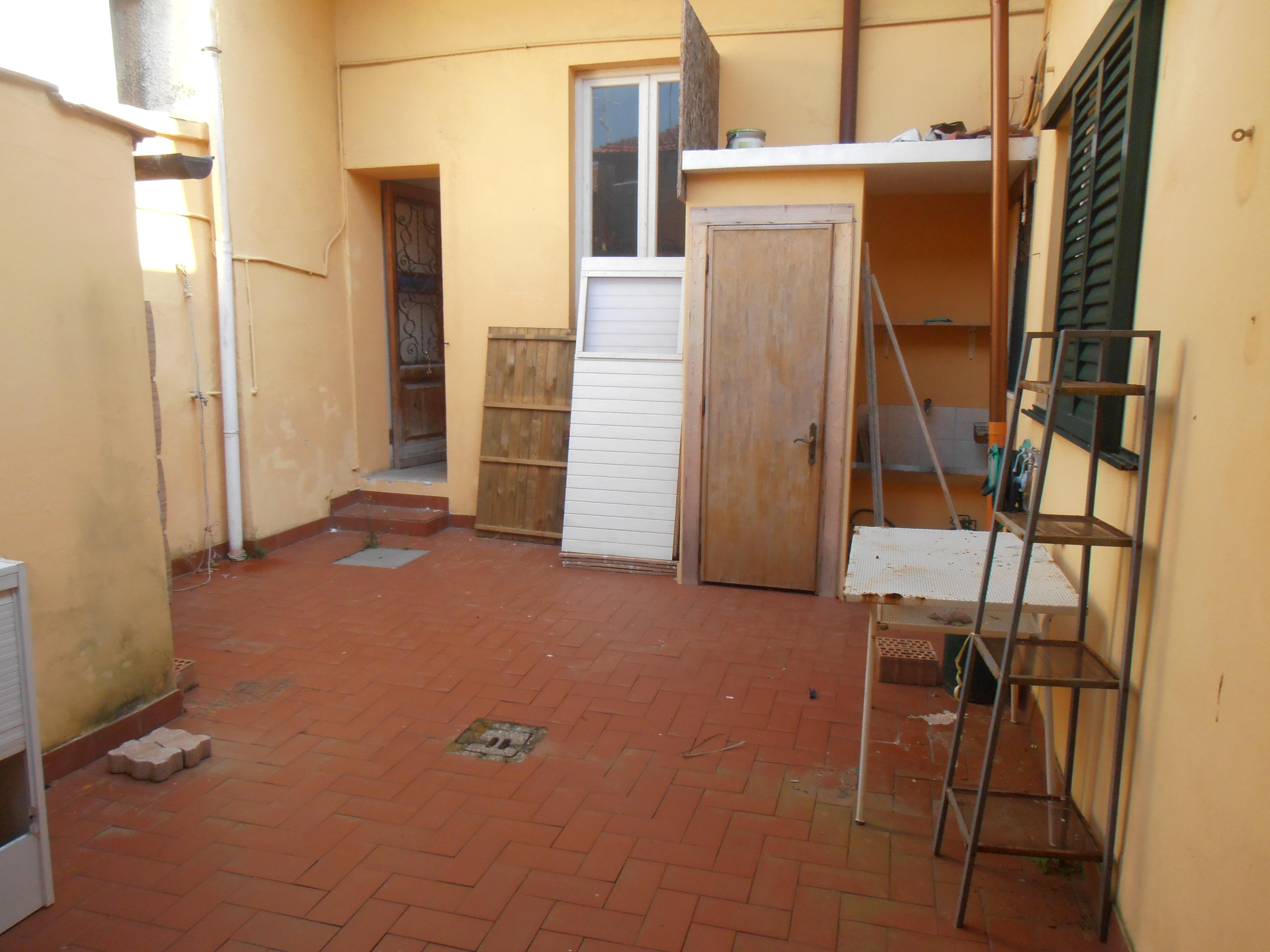 24990_Lido di Camaiore_Camaiore_Vendita_Tettoia